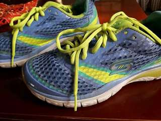 Sketchers Rubber Shoes with Memory Foam