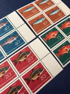 一套價錢 1964 魚類4全郵票