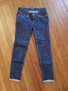 Brand New Authentic Skinny Ladies Ankle Levi's Jeans. Size W25.