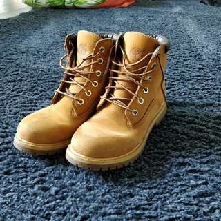 """Timberland Women's 6"""" Classic Boots"""