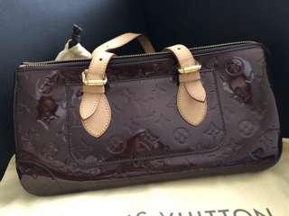 Louis Vuitton M93510 rosewood
