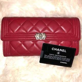 Chanel boy wallet red