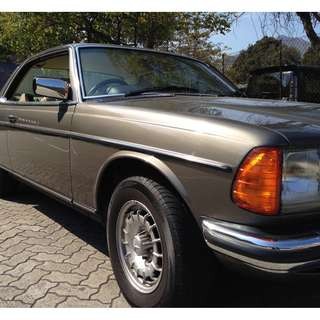 Classic Vintage MERCEDES-BENZ 230CE W123 85/86