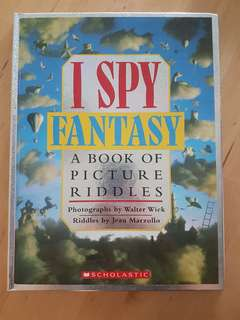 Book: I Spy Fantasy *Preloved, in almost new condition!*