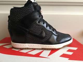 Nike womens dunk sky brand new 36.5