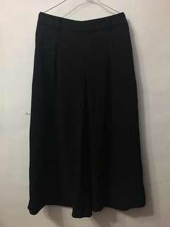 🚚 Uniqlo黑色寬褲