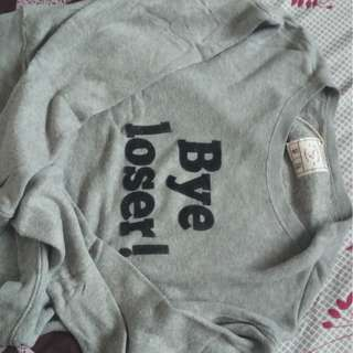PULL AND BEAR BYE LOSER SWEATER