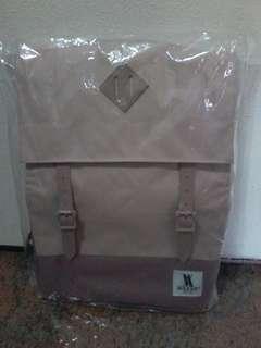 August Packbag