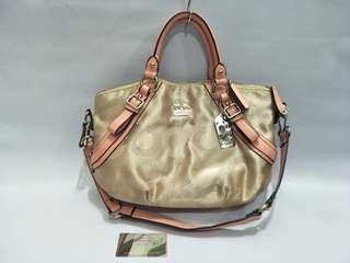 Coach bag 3 in 1 style (sling,  shoulder, hand carry)
