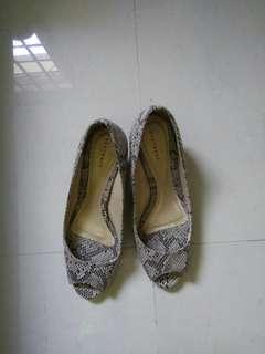 heatwave kitten heels