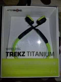 AfterShokz Trekz Wireless Titanium Ivy Green