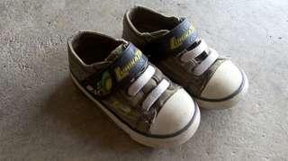 Luminators shoe