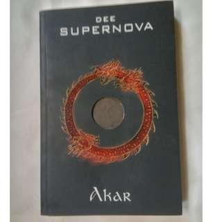 Supernova: Akar