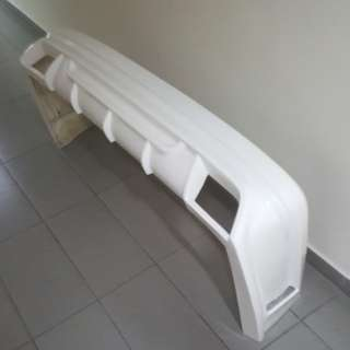 Toyota hiace ESSEX rear bumper frp white. Fits all euro3 to euro6 hiace. Ready stock 1 pc only.
