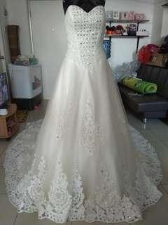 New gaun pengantin