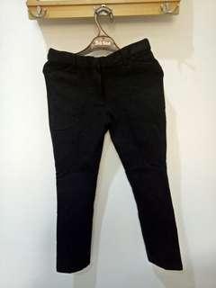 Connexion celana panjang bahan
