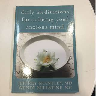 C228 BOOK - DAILY MEDITATIONS FOR CALMING YOUR ANXIOUS MIND