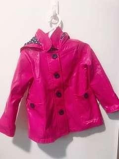 🚚 美國卡特 防潑水女寶2T 外套
