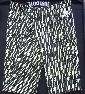 Black & Yellow Nike Full Length Tights.