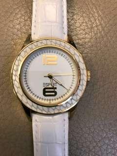 鱷魚皮紋 手錶 白錶帶