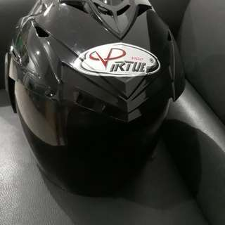 Helm Motor merk Vigo Virtue