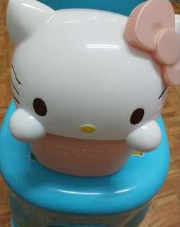 🚚 Hello Kitty置物筒