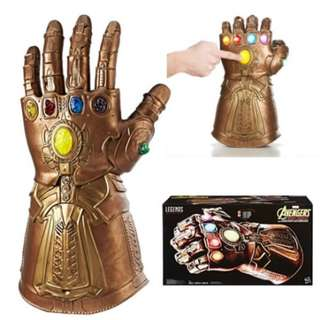 ✔Hasbro Marvel Legends Series Infinity Gauntlet Articulated Electronic Fist