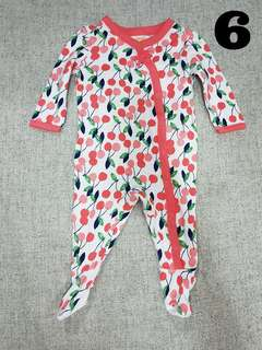 0-3 months baby girl sleepsuit