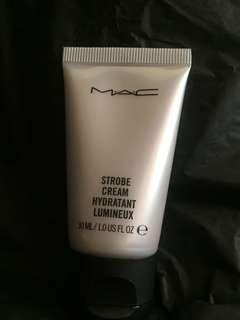 M.A.C. Strobe Cream