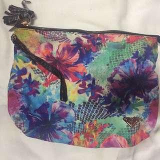 Roxy Pouch Bag