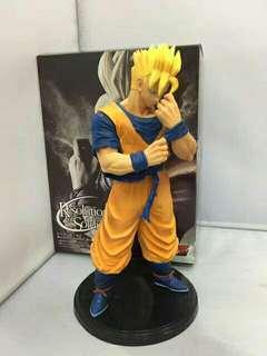 Super saiyan gohan statue