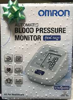 Auto Blood Pressure Monitor + Walking Step Counter