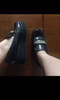 LIKE NEW STRADIVARIUS BLACK