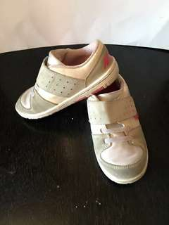 Rubber Shoes of kids