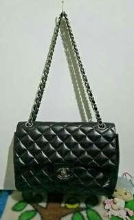 C H A N E L Chain/Flap Bag