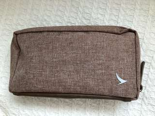Brand new!! Cathay Pacific Seventy Eight Percent Buisness Class Pouch