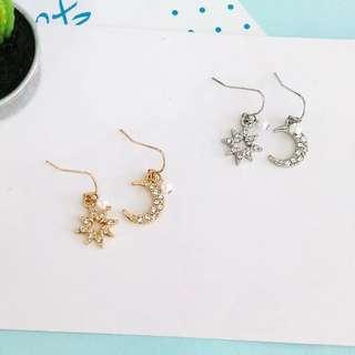Ready Stock Korean Cute Bling Bling Asymmetrical Diamond & Star Earrings