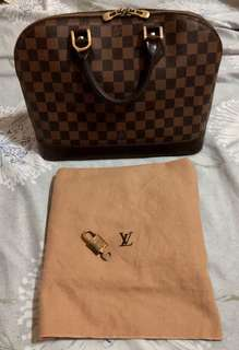Louis Vuitton Alma Damier LV bag