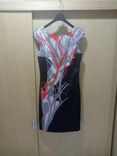 🚚 英國品牌 KAREN MILLEN 真絲洋裝(36)