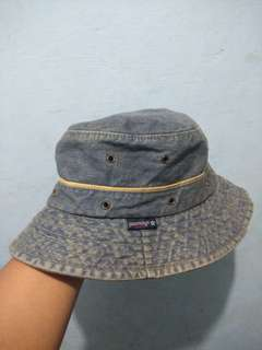 Bucket hat paerangi