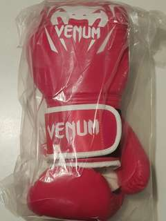 Venum gloves Pink USA + Free wraps