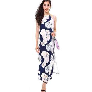 🚩RM 68🚩 [BNWT MDS] Floral Maxi Dress with Side Slit.