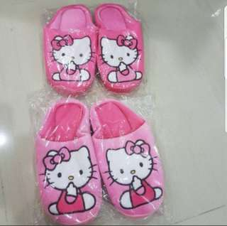 In stock hello kitty bedroom slippers in 2 colours size is 36 to 37