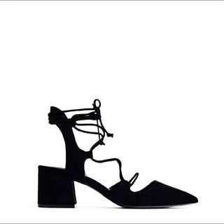 Zara Black Pointed Toe shoes