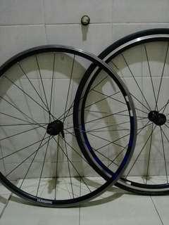 wheel set shimano R500