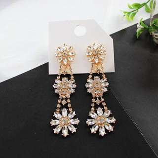 Ready Stock! Exaggerated Elegant Bling Bling Diamond Multi Floral Earrings/ Wedding Dinner Earrings