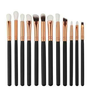 Eyebrush set