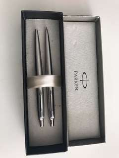 Parker black pen and pencil