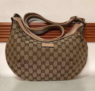 Authentic Gucci GG Canvas Crossbody Messenger Bag