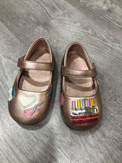 Gals shoes